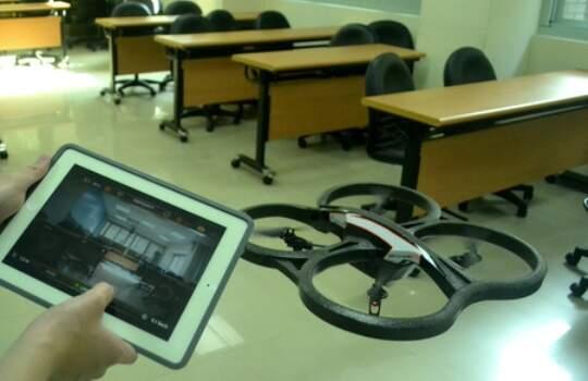 用iPad滿足小時候開飛機的夢想